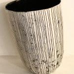Agnės Kondrataitės pasvirusi vaza