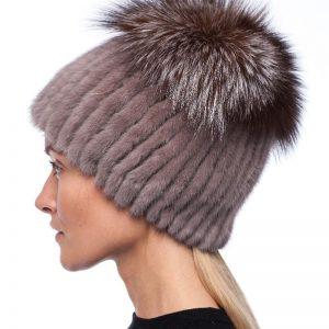 Beautyfur megzta audinės kailio kepurė plačiu bumbulu Purple